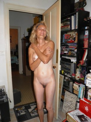 Anne-martine ao sex erotische massage Geretsried
